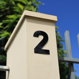 Número Residencial Preto Dupla Face - 13 cm